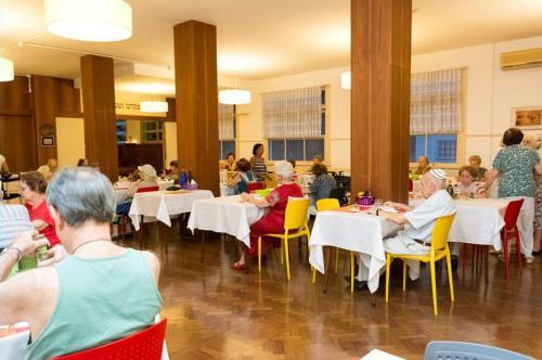 Lar União - Restaurante